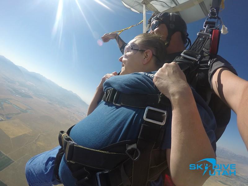 Lisa Ferguson at Skydive Utah - 105.jpg