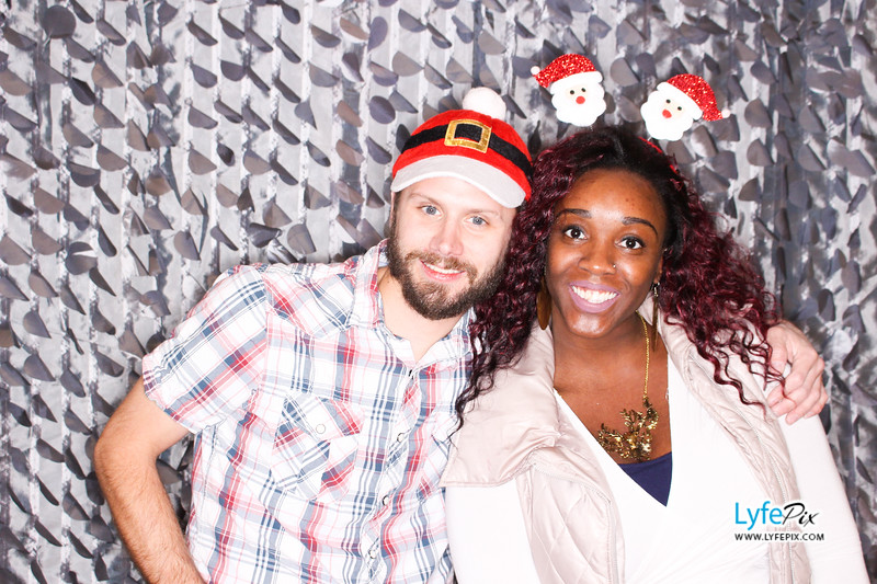 red-hawk-2017-holiday-party-beltsville-maryland-sheraton-photo-booth-0133.jpg