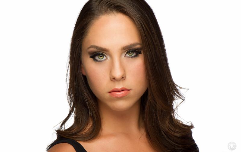 alyssa beauty shots-016-Edit.jpg