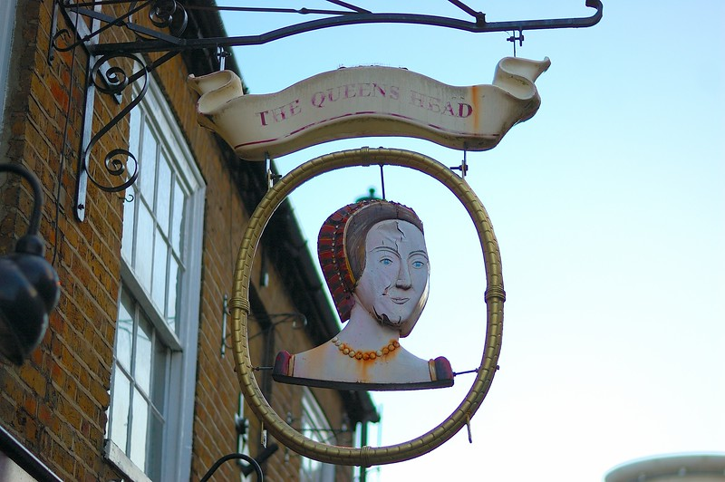 164 - The Queen's Head - Apr 26th.JPG