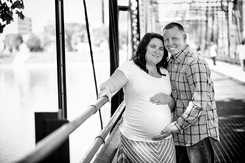 Williamsport Maternity Photographer : 5/7/16 Expecting Adley!