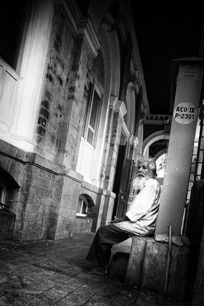 Elderly man in Mumbai