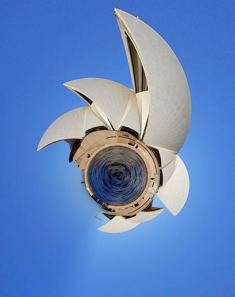 Sydney_opera_house_side_view_modifié-1.jpg
