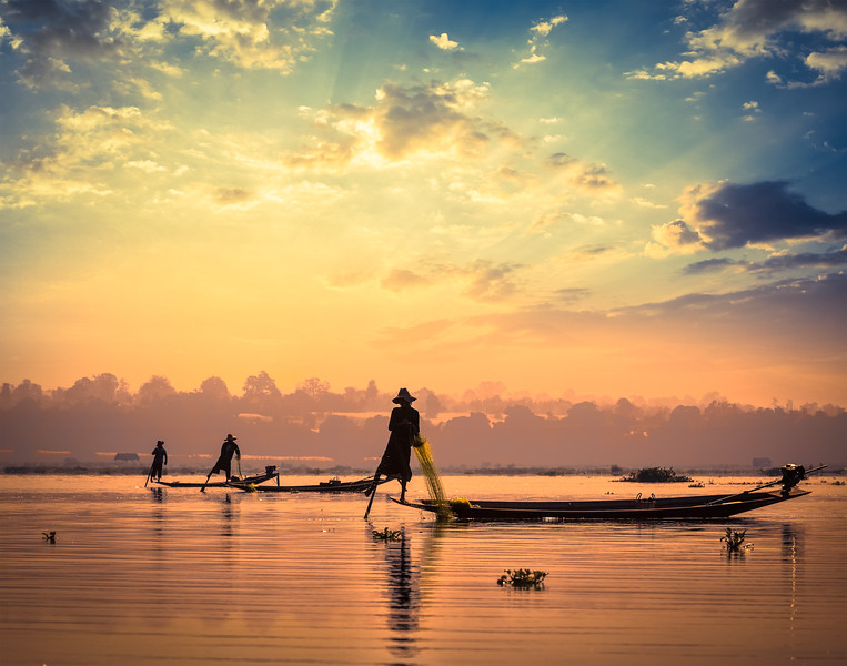 Traditional Burmese fishermen at Inle lake, Myanmar