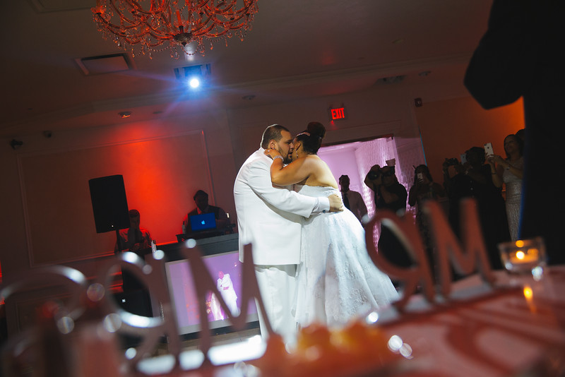 MER__0898_tonya_josh_new jerrsey wedding photography.jpg
