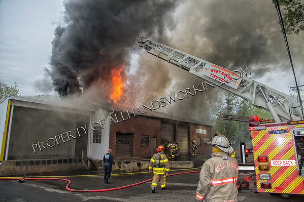 2nd alarm West Haven, CT 186 Peabody St. commercial building fire