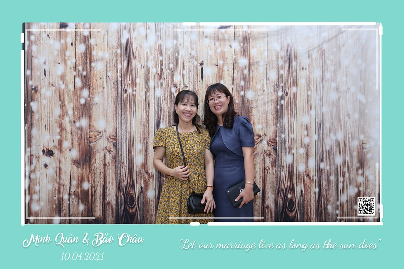 QC-wedding-instant-print-photobooth-Chup-hinh-lay-lien-in-anh-lay-ngay-Tiec-cuoi-WefieBox-Photobooth-Vietnam-cho-thue-photo-booth-104.jpg