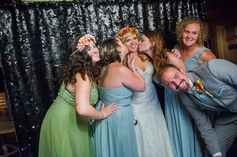 Jodi-petersen-wedding-598.jpg