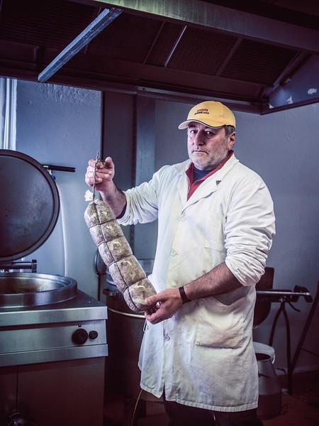 bologna sausage maker.jpg