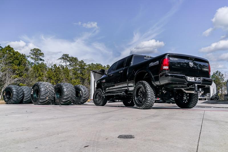 @TexasTruckWorks 2018 Dodge Ram 2500 22x12 CHOPPER-20190128-220.jpg