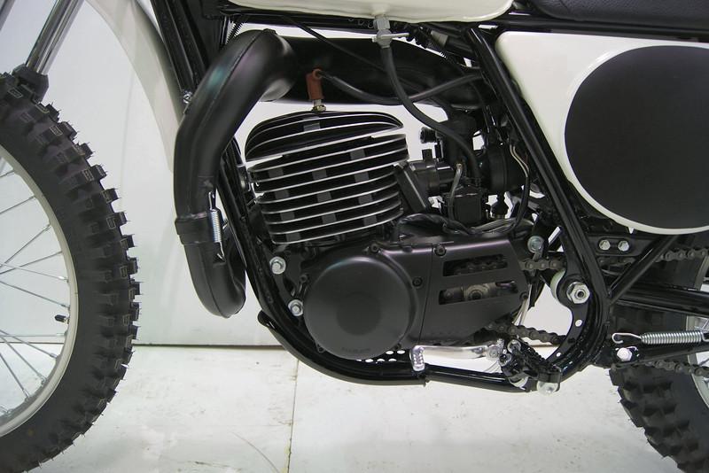 1975mx400-1 012.jpg