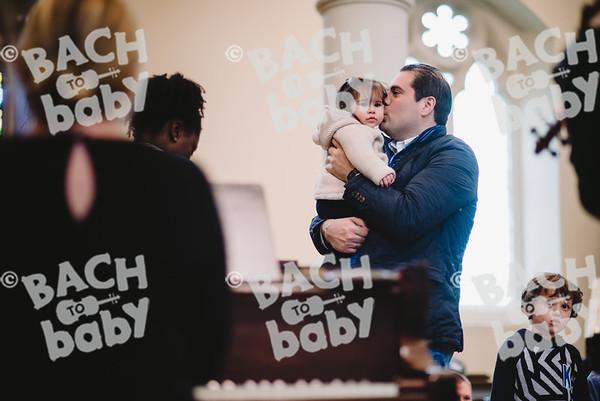 © Bach to Baby 2018_Alejandro Tamagno_RegentsPark_2018-04-28 005.jpg