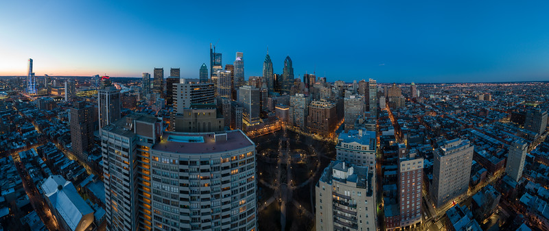 Rittenhouse Pano Night 1-.jpg