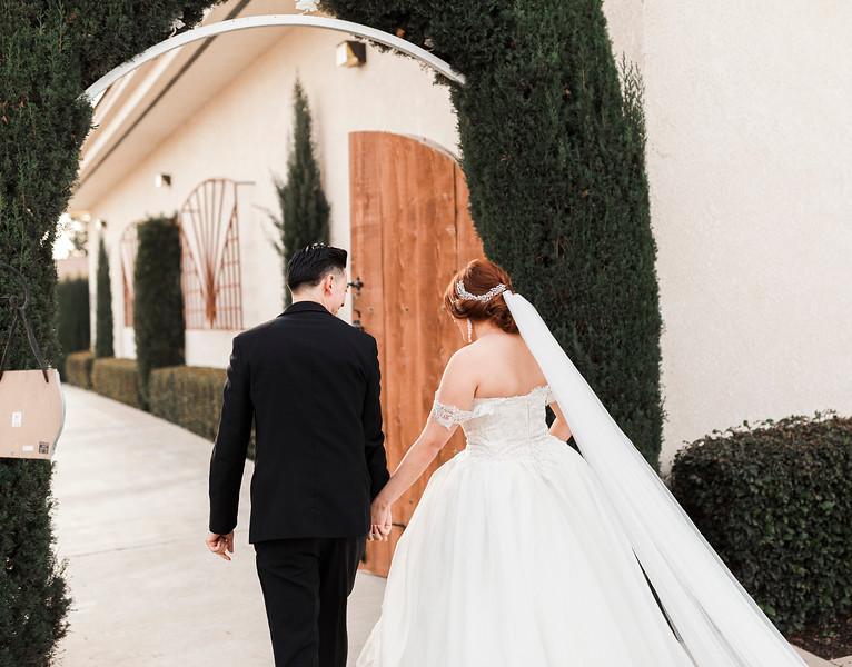 Alexandria Vail Photography Wedgewood Fresno Wedding Alexis   Dezmen403.jpg