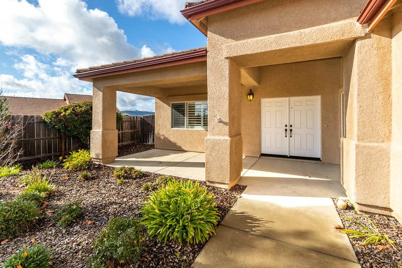 299 Montebello Oaks 6 Exterior.jpg
