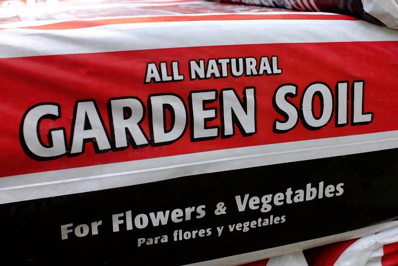Garden Soil-100T1646.jpg