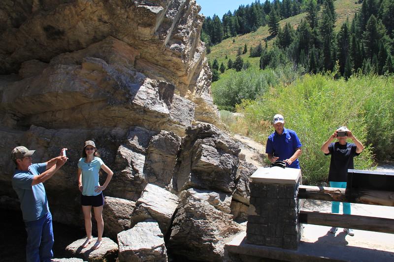 20180718-009 - Utah - Dad, Kyra, James and Mom at Rick's Spring Along US89 to Bear Lake.JPG