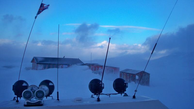 073 Descent from Glacier.JPG