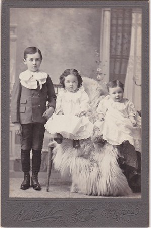 Childran of the Harry Abram Miller family who owned a farm on Burnet Ave near Vauxhall Rd.