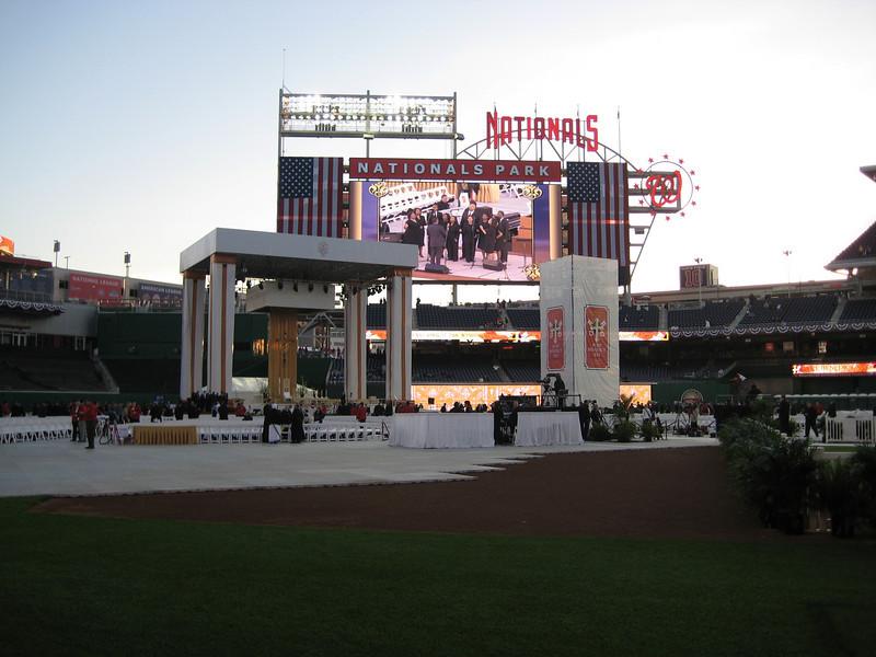 Pope Mass Nats Stadium 4-17-08 011.jpg