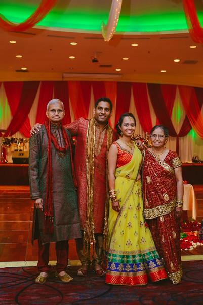 Charmi & Abhi Garba (94 of 578).jpg