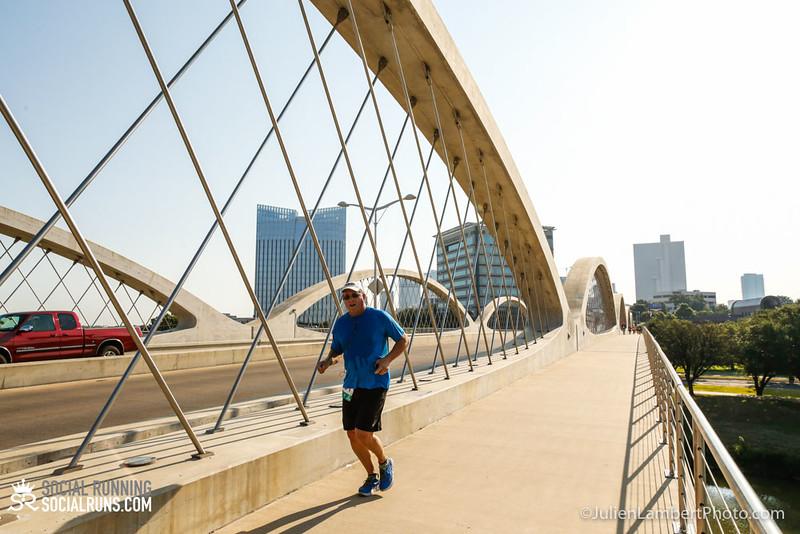 Fort Worth-Social Running_917-0377.jpg