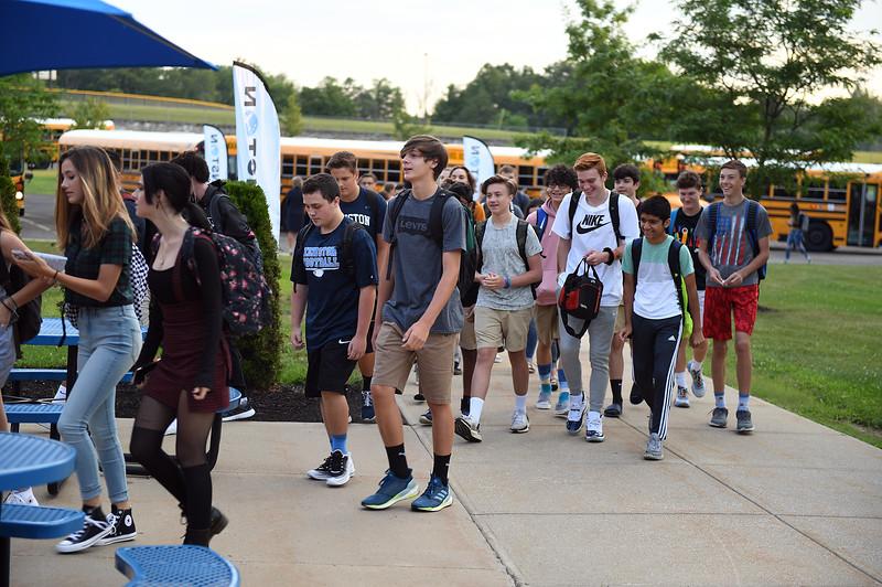 1st_day_of_school_6469.jpg