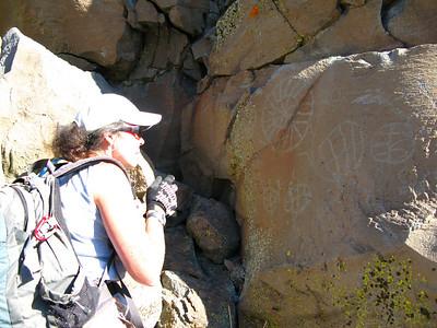 Coso Petroglyphs 11-23-2008