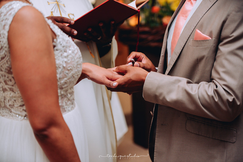 BRETT & CARMEN WEDDING PREVIEWS-60.JPG