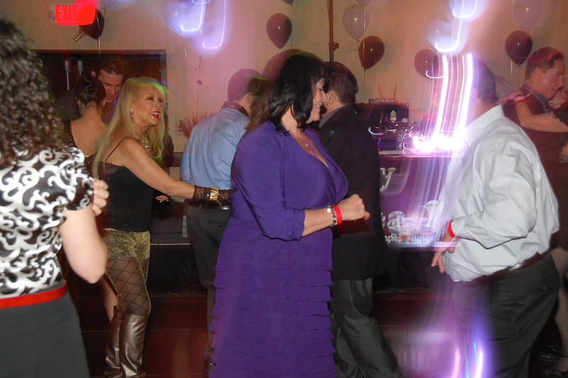 20121231 - Dancing NYE CT - 012-sm.jpg