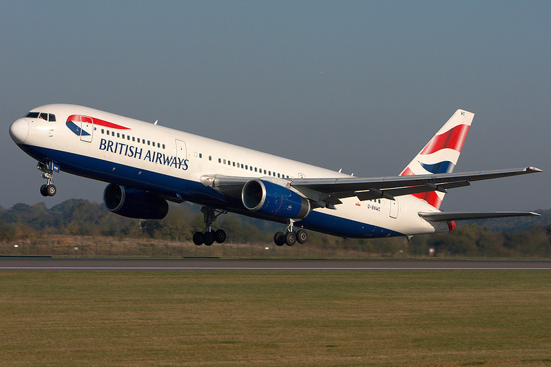 SkyMover_MAN20072010_BritishAirways_G-BNWC.jpg