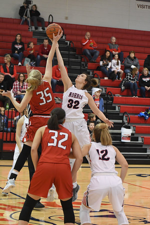 Varsity Girls Basketball vs Elkhorn