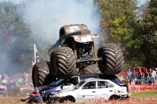 Monster Trucks 09-09 Day 1