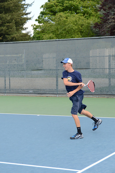 menlo-tennis-2013-boys 8.jpg