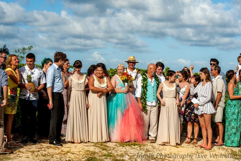 Wedding group 00.jpg
