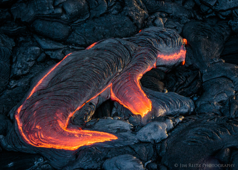 """Lava Lizard"" - Lava flows below Pu'u O'o Crater - helicopter flight"
