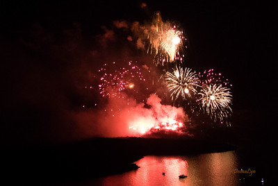 2016-09-17  IFESTIA - Volcanic Santorini Fireworks Show