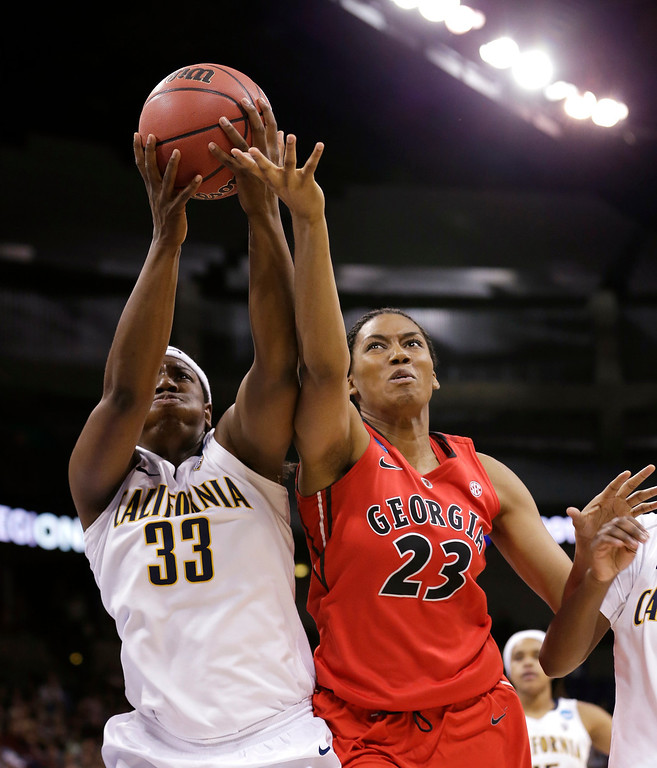 . California\'s Talia Caldwell (33) and Georgia\'s Tamika Willis reach for a rebound during the first half in a regional final in the NCAA women\'s college basketball tournament, Monday, April 1, 2013, in Spokane, Wash. (AP Photo/Elaine Thompson)