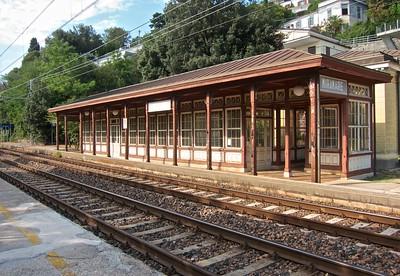 2012-08 Miramare Train Station