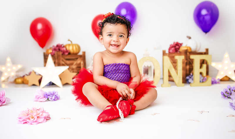 newport_babies_photography_butterfly_cakesmash-9614-1.jpg