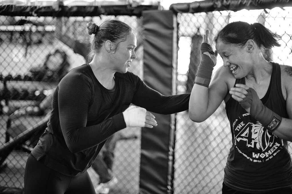 . Ronda Rousey and Shayna Baszler train at the Glendale Fighting Club in Glendale. (Photo by Hans Gutknecht/Los Angeles Daily News)