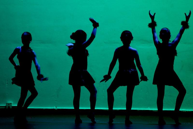dance  9989.jpg