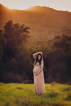 Kalie R Maternity