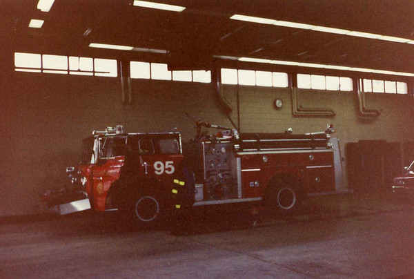 Chicago Fire Department : Engine 95 1990