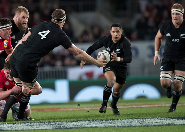 Brodie Retallick offloads Aaron Smithduring game 7 of the British and Irish Lions 2017 Tour of New Zealand, the first Test match between  The All Blacks and British and Irish Lions, Eden Park, Auckland, Saturday 24th June 2017 (Photo by Kevin Booth Steve Haag Sports)  Images for social media must have consent from Steve Haag