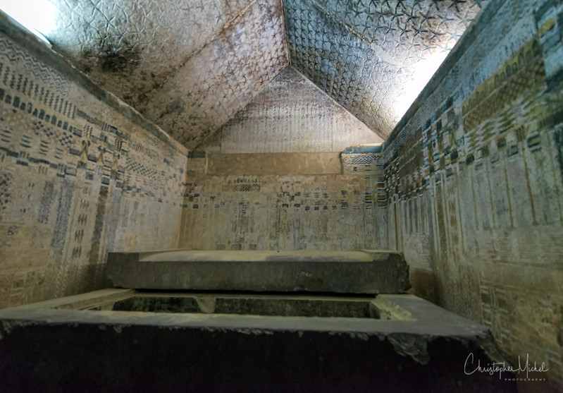 saqqara_unas_tomb_serapeum_dahshur_red_bent_pyramid_20130220_4833.jpg