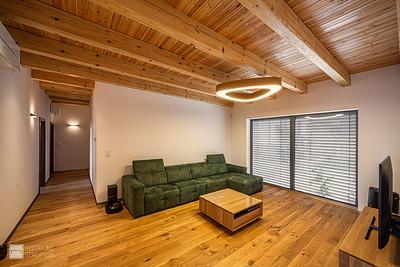 Projekt RD s dreveným trámovým stropom