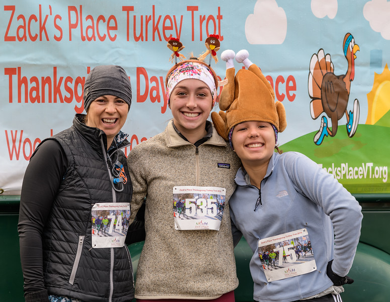 2019 Zack's Place Turkey Trot -_8507774.jpg