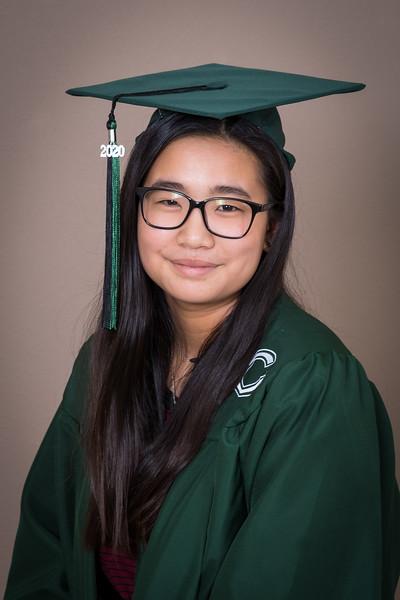 20200521_sarah-friends-connally-graduation_011.jpg