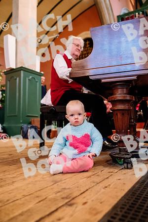 © Bach to Baby 2016_Alejandro Tamagno_Chiswick_2016-12-23 031.jpg